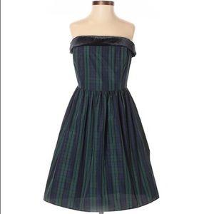 Vineyard Vines strapless plaid holiday silk dress